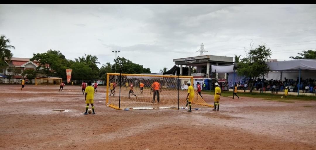 Rajiv Gandhi Mini Stadium, Thoppumpady , Cochin - Playo